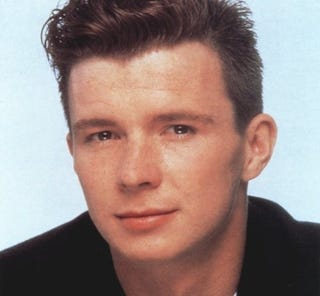 Illustration for article titled Dorks Rick Roll Subway, New York Doesn't Notice