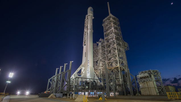 Why the US Air Force Is Teaming Up With SpaceX