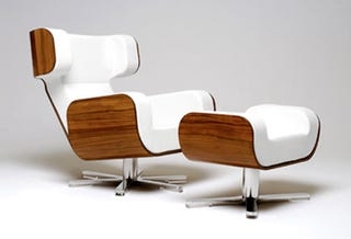 Illustration for article titled Wing Lounge Chair - The Only NASA Certified Chair