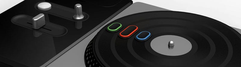 Illustration for article titled DJ Hero Turntable Pics