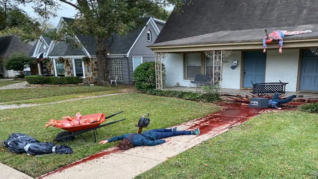 Man's Halloween decorations so good that the cops keep getting called to his house