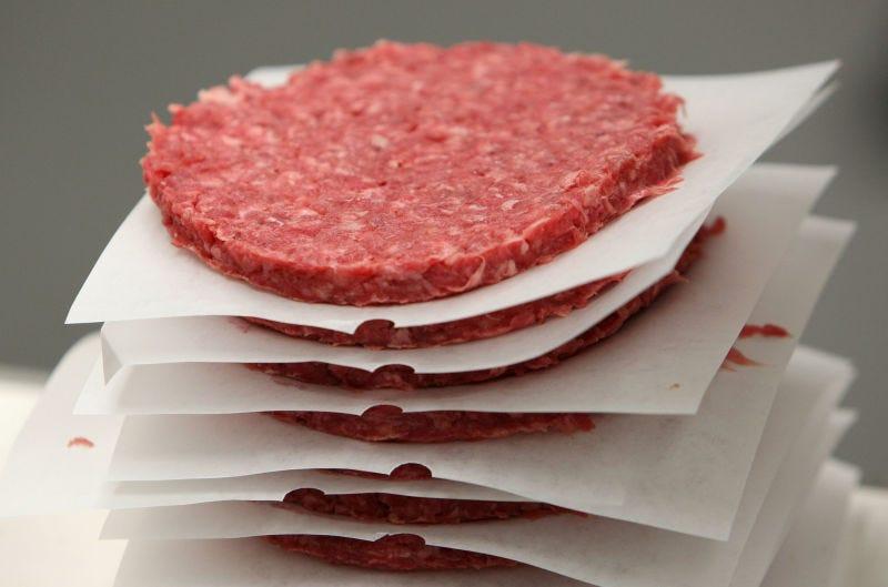 Cocinar la carne antes de congelarla puede cambiar tu experiencia en la cocina