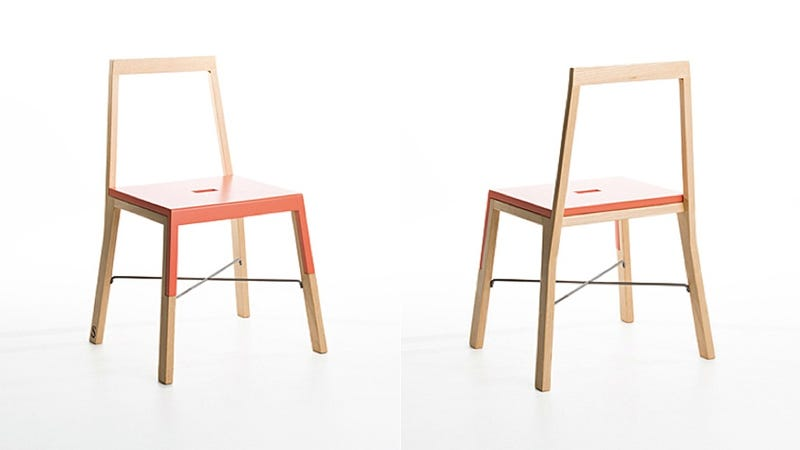 Illustration for article titled This Clever Chair Becomes a Ladder in a Snap