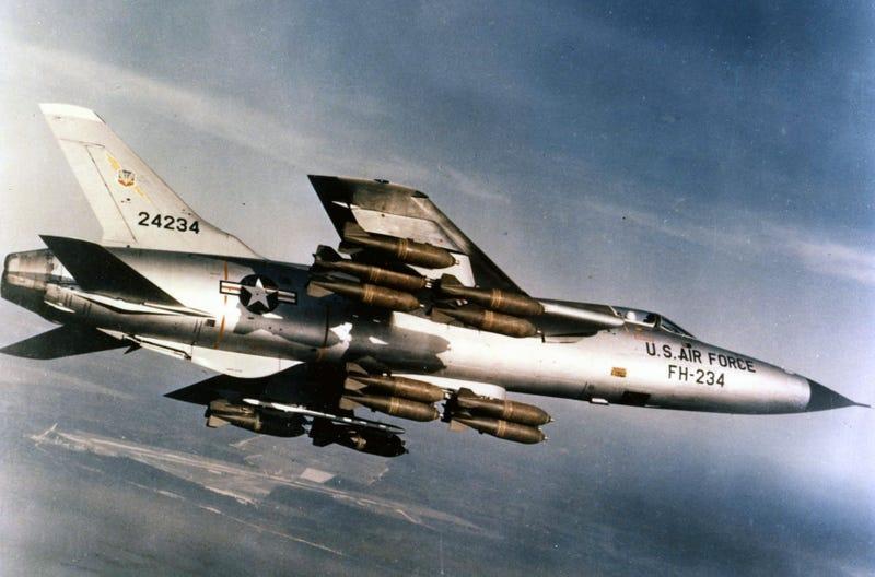 Illustration for article titled Őrületesen menő nevük van ezeknek a katonai repülőknek