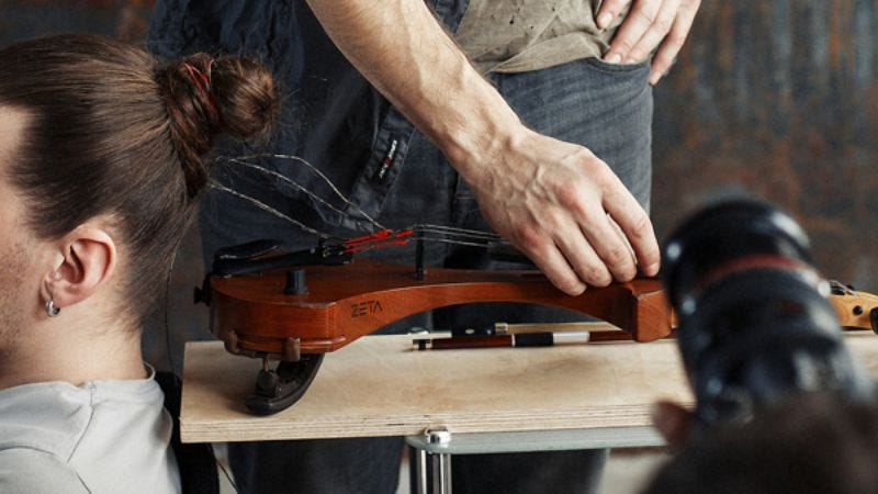 Illustration for article titled Listen to a violin made from still-attached human hair
