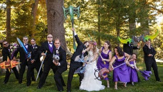 Illustration for article titled World of Warcraft-Themed Weddings Sure Look Fun