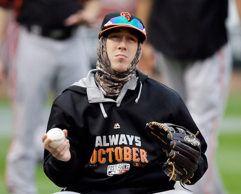 Illustration for article titled Tim Lincecum Missed The World Series Intros Because He Was Barfing