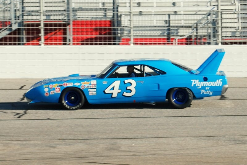Illustration for article titled Going For A Ride In Richard Petty's Superbird
