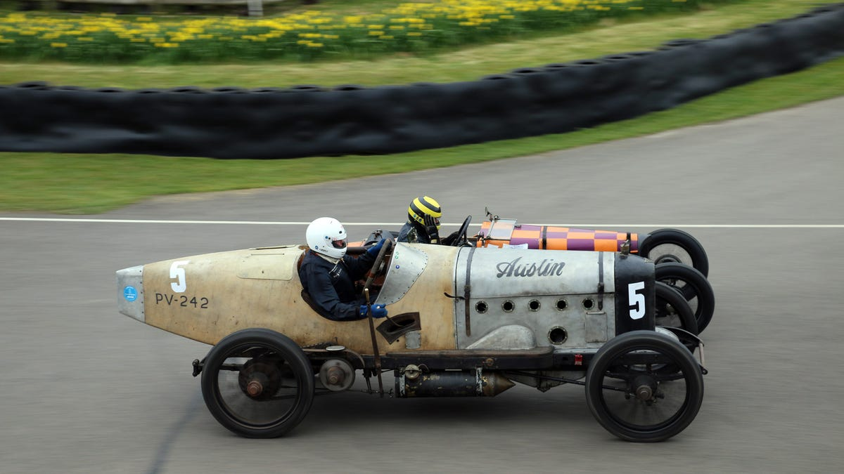 The World\'s Last Great Vintage Race Should Never Change Because Of ...