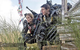 Illustration for article titled Tom Cruise and Emily Blunt don guns and armor for All You Need is Kill