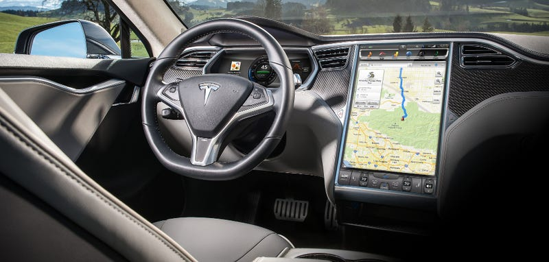 Illustration for article titled Police: Driver In Tesla Autopilot Crash Had Portable DVD Player In Car, May Have Been Watching Movie (Updated)