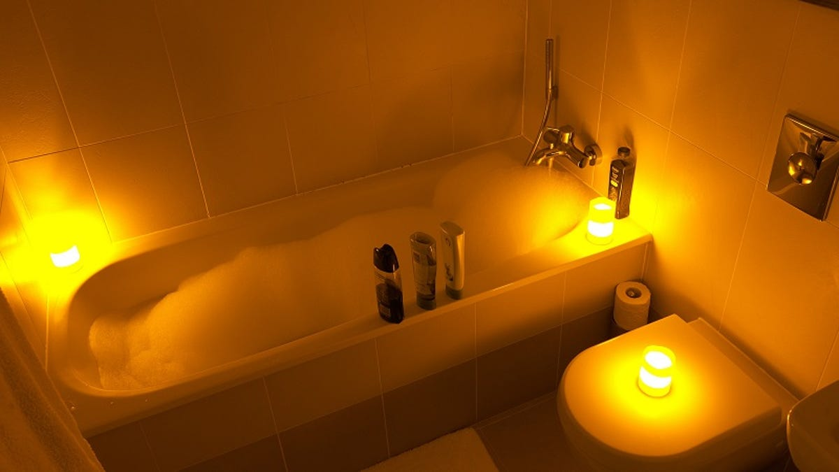 How to Give Yourself a Spa-Like Bath at Home