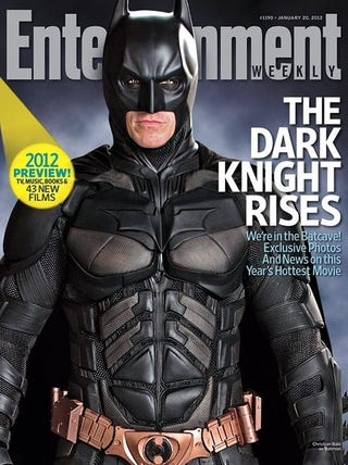 Illustration for article titled 6 new Dark Knight Rises snapshots show off Batman's Bat-abs