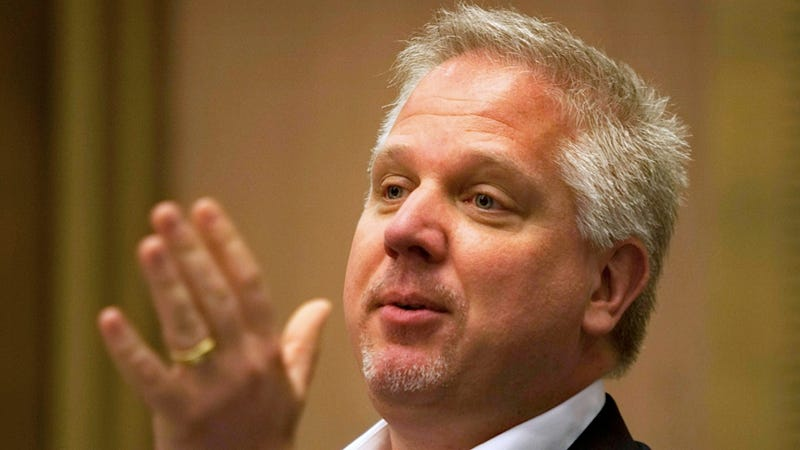 Illustration for article titled Glenn Beck Pouts About How American Airlines Was Mean to Him