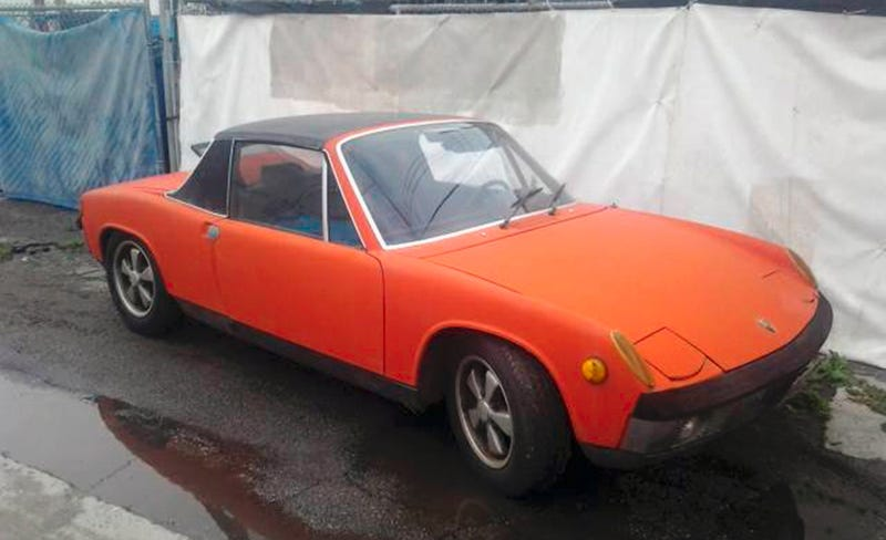 Illustration for article titled For $79,000, Is This Pulled-From-Storage 1970 Porsche 914-6 A Sick Six?