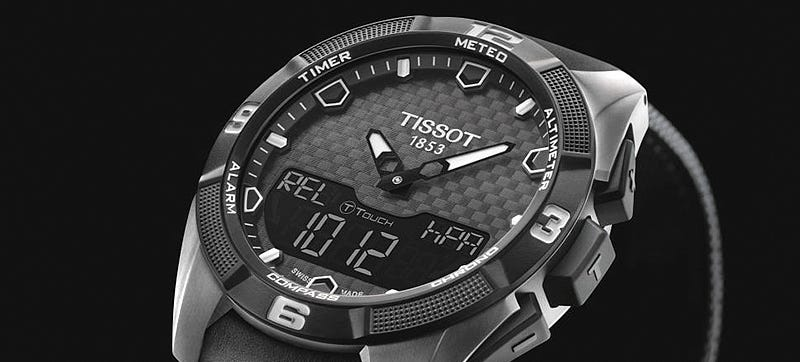 Illustration for article titled A Rugged Touchscreen Watch That Looks To the Sun For Charging