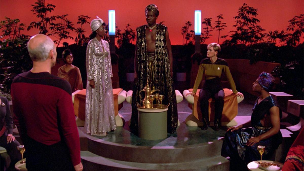 The 15 Weirdest Missions Star Trek: The Next Generation