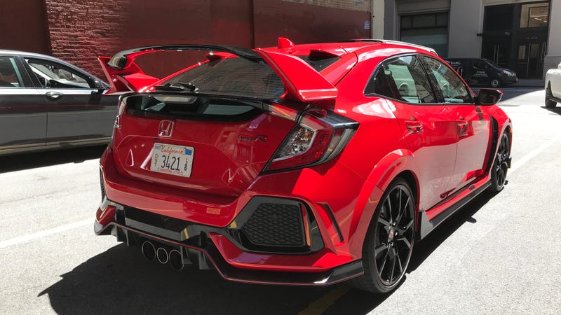 Illustration for article titled What Do You Want To Know About The 2018 Honda Civic Type R?