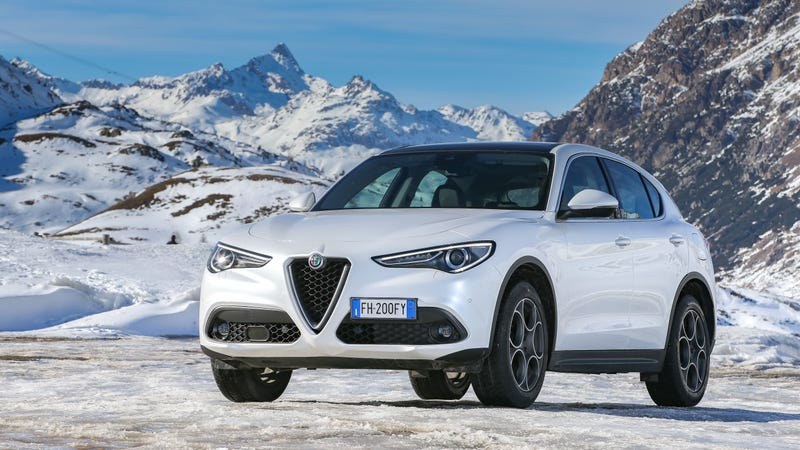 Illustration for article titled The 2018 Alfa Romeo Stelvio Will Start At $41,995