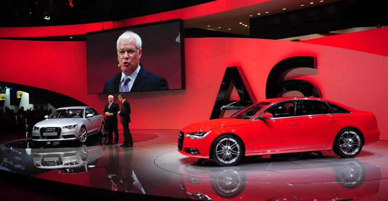 Illustration for article titled 2012 Audi A6 Hybrid Unveiled Next To Evil Non-Hybrid Twin