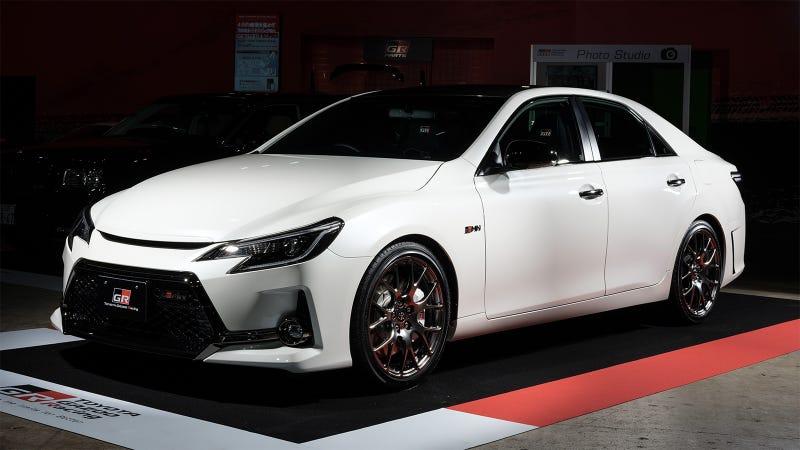 Toyota Mark X >> The Toyota Mark X Grmn Is The Badass Rear Wheel Drive Avalon Of Your