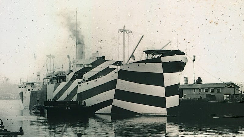 Illustration for article titled An Illustrated History of Unbelievably Camouflaged Ships