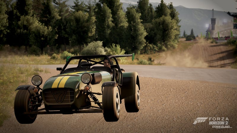 Illustration for article titled Rally Caterham!