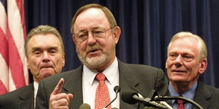 Don Young at a press conference in Washington, D.C., in 2001 (Alex Wong/Getty Images)