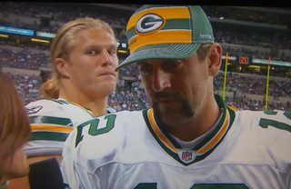Illustration for article titled Let's Hear It For The Guy Who Forwent Fantasy Draft Picks To Share This Aaron Rodgers Photobomb Shot