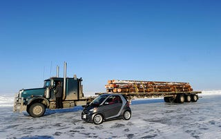 Illustration for article titled Ice-Road Truckin' In A Smart ForTwo