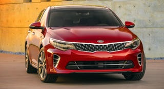 Illustration for article titled First Pic of the 2016 Kia Optima