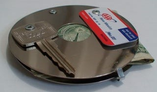 Illustration for article titled Hard Drive Wallet Would Hurt If You SATA On It
