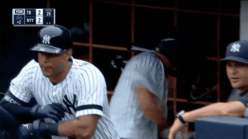 Aaron Boone Melts All The Way Down, Torches Umpire With Incredible Rant
