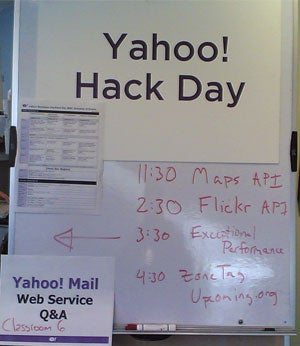 Illustration for article titled Special Report:  Yahoo! Open Hack Day '06