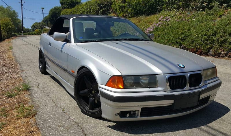 Illustration for article titled For $6,000, Could This 1999 BMW 323ci Prove That Form Follows Function?