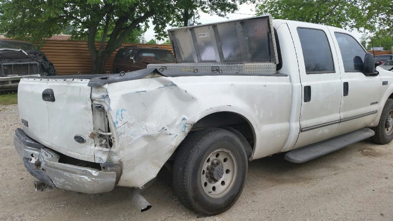 Illustration for article titled [UPDATE] Police have recovered my dad's truck!!!