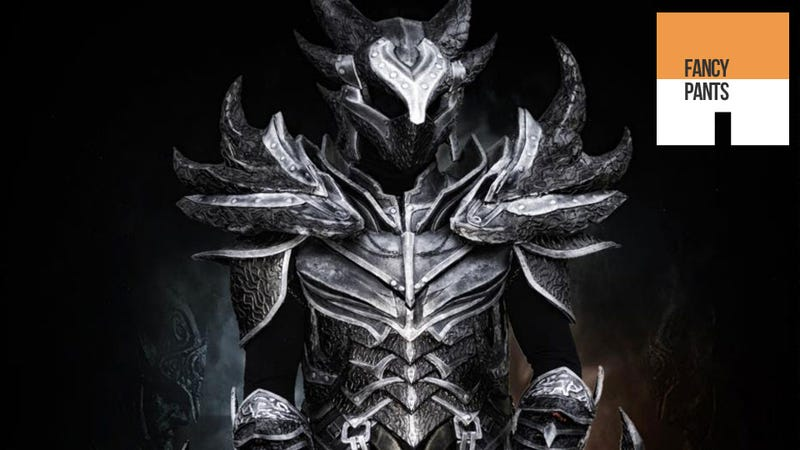 Illustration for article titled Real Man Becomes Walking Horror Inside Skyrim's Daedric Armour