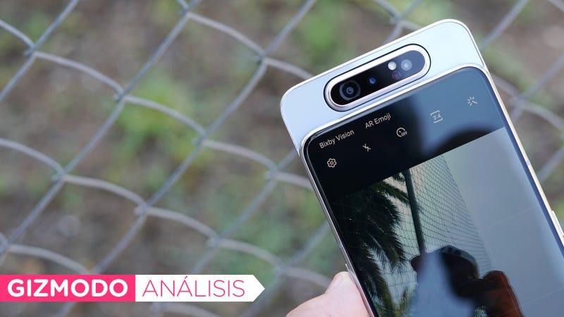 Illustration for article titled Ni siquiera la cámara giratoria puede justificar el precio del Galaxy A80