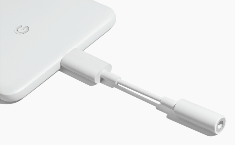 El adaptador de USB–C a jack del Pixel 2.