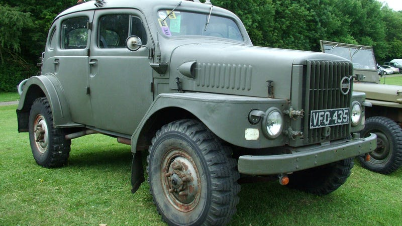 The Ten Most Badass Military Vehicles You Can Drive On The Road - Badass old cars