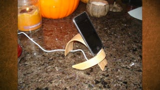 Illustration for article titled Make a Classy, Bent Wood Charging Stand for Your Phone