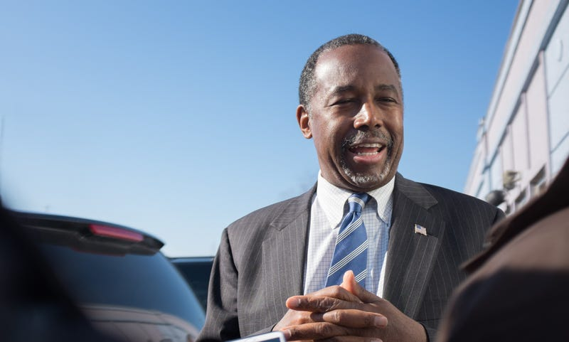 Illustration for article titled Ben Carson May Have Seen 'Real Racism,' But Barack Obama Was Not 'Raised White'