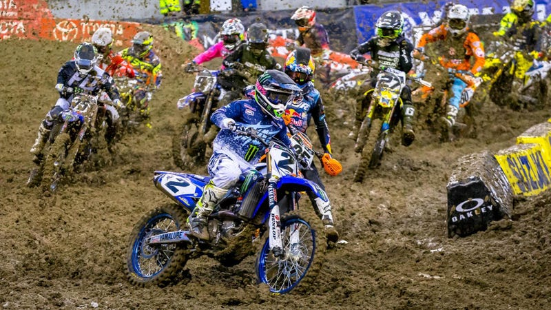Illustration for article titled Why Now Is a Great Time to Get Into Supercross
