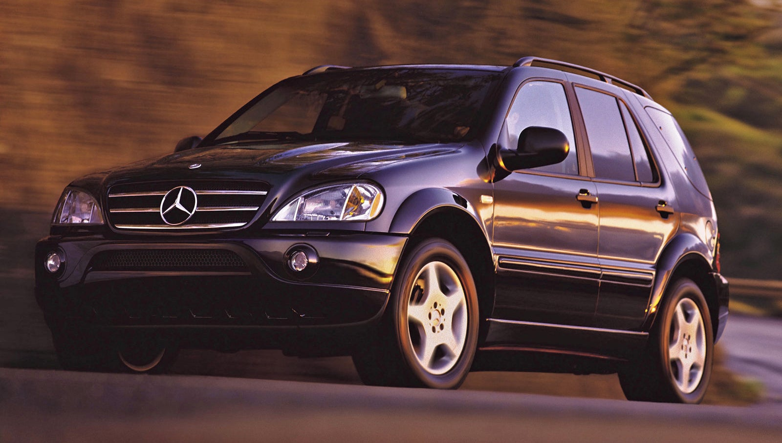 the ridiculously cheap mercedes ml55 amg has one trick left rh jalopnik com