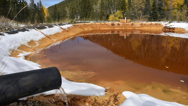Study Finds Lower Life Expectancy Around Superfund Sites