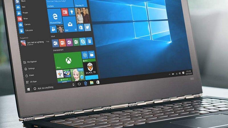 "Illustration for article titled Una mujer demanda a Microsoft por ""obligarla"" a actualizar a Windows 10 y gana 10.000 dólares"