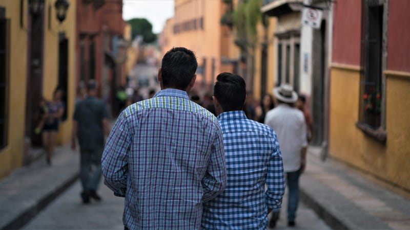 What you Need to Know About Dating Someone from Another Country