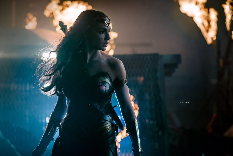 Illustration for article titled Someone Please Get Wonder Woman Some Light in the New Justice League Photo