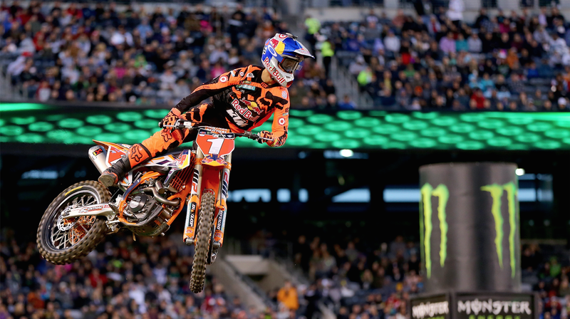 Ryan Dungey competing at the Monster Energy Supercross round in East Rutherford, New Jersey in 2016. Photo credit: Elsa/Getty Images