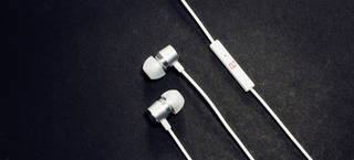 Illustration for article titled OnePlus Has $15 Earbuds To Match Its Fantastic Phone